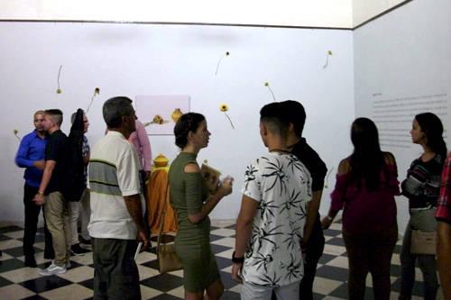 Regalos furtivos expo Edisbel Guerra