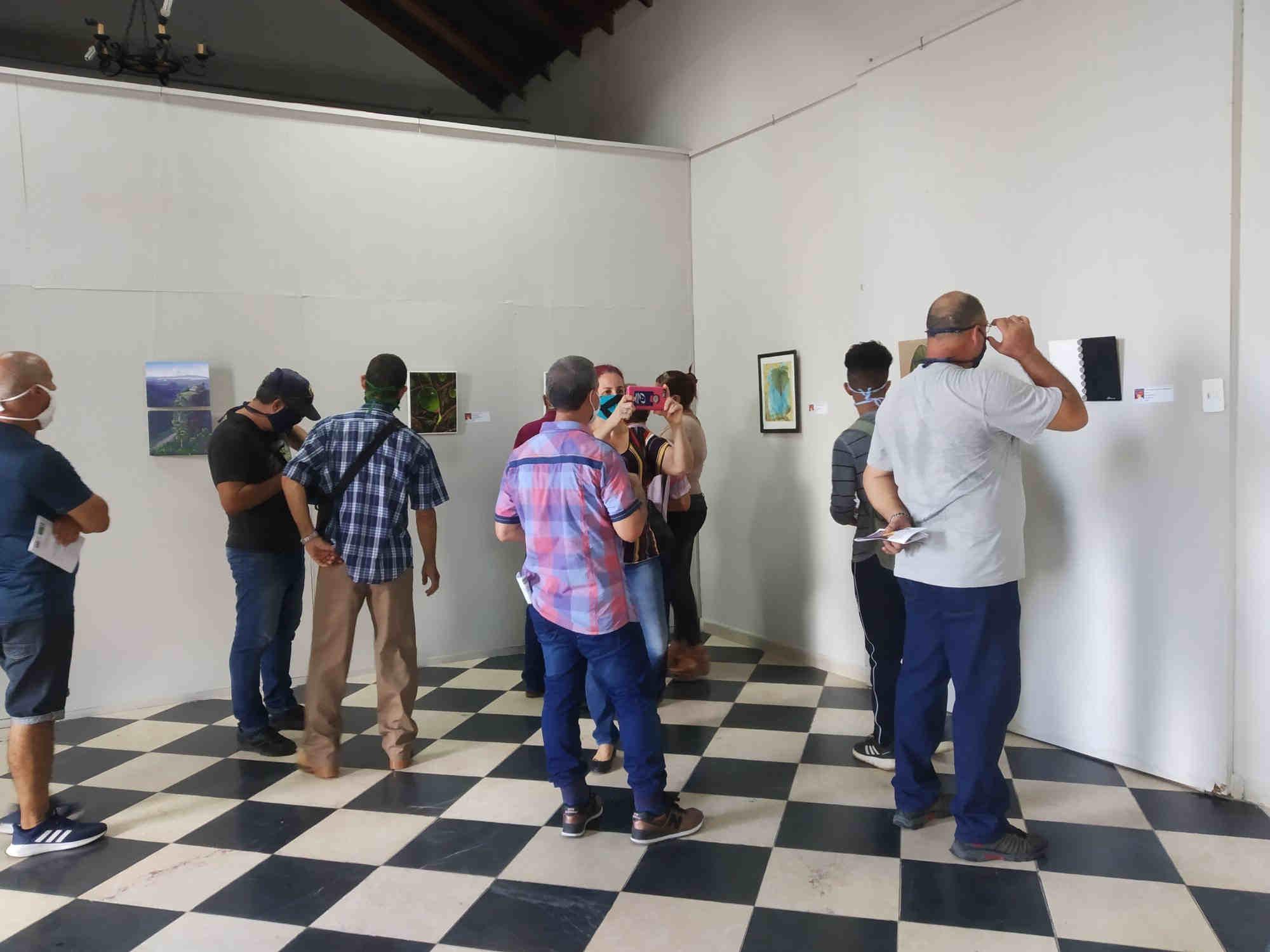 Exposición colectiva Pensamientos en pequeño formato II